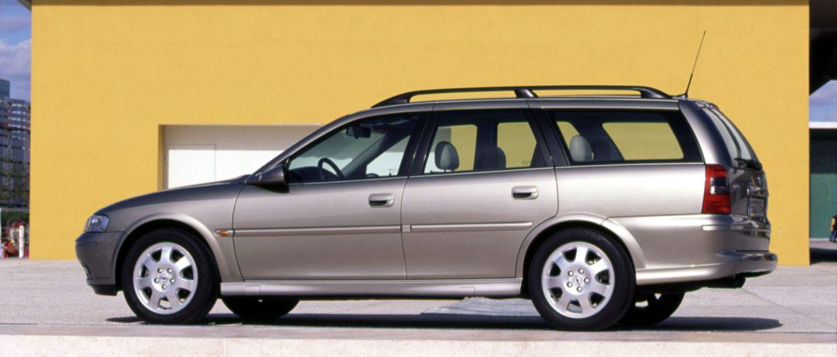 Sicurezza in primo piano: 25 anni fa Opel Vectra precorse i tempi