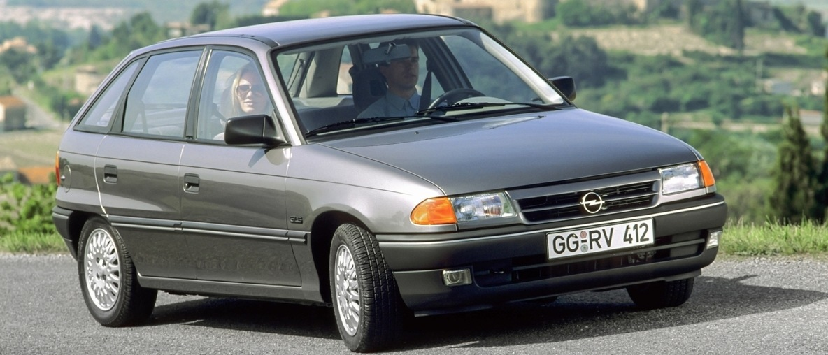 30-years-opel-astra