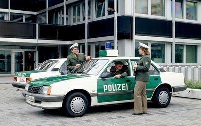 35 anni fa: Opel Ascona 1.8i prima vettura tedesca con catalizzatore progettato per l'Europa
