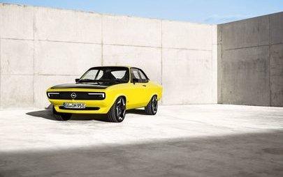 La prima ElektroMOD Opel: Manta è tornata