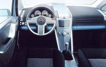 Una Opel Zafira per l'Inverno