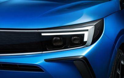 Nuovo Opel Grandland: design audace, posto guida digitale e tecnologie d'avanguardia