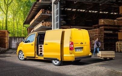 È tempo di elettrificazione: nuovo Opel Vivaro-e in vendita ora in Italia da € 32.600