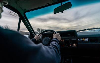 Dall'Atlantico al Meno: Opel Corsa A GT nel suo viaggio di 2.700 km da Porto a Rüsselsheim