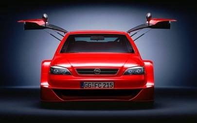 Opel Astra Coupè OPC X-Treme: figlia del DTM